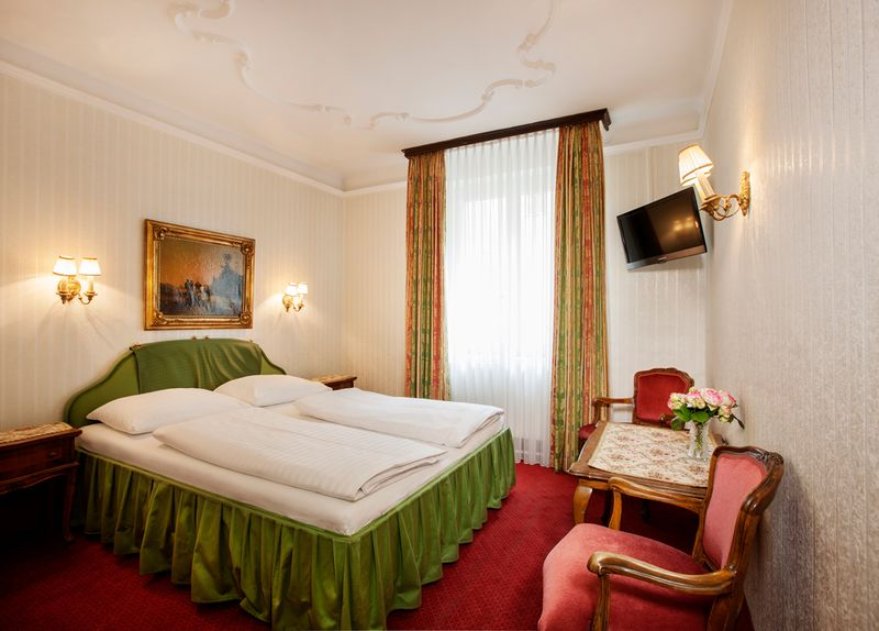 Chambre double - Hotel Pension Suzanne